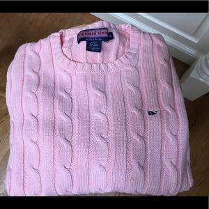 Vineyard Vines sweater fits like a S